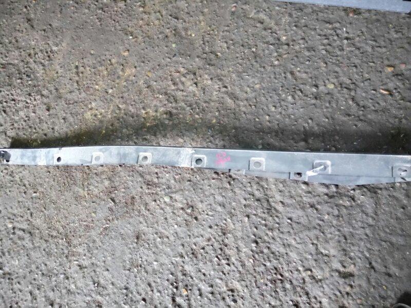 Накладка Toyota Corolla NZE124 1NZ-FE 2005