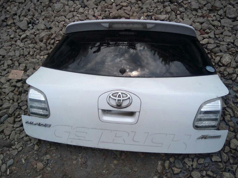 Дверь задняя багажника Toyota Blade AZE156H 2005