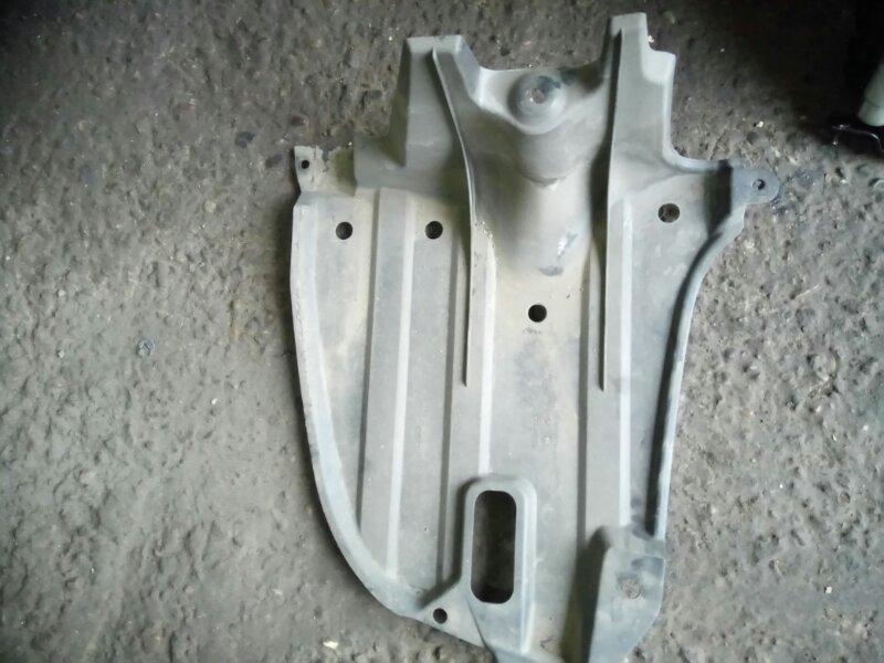 Защита бампера Toyota Avensis AZT251 2AZ-FSE 2006 задняя