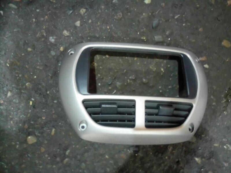 Пластиковые детали салона Toyota Rav4 ACA21W 1AZ-FSE 2003