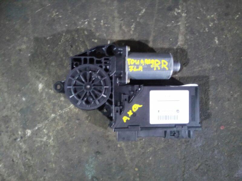 Мотор стеклоподъмника Volkswagen Touareg 7L6 4.2 AXQ 2005 задний правый