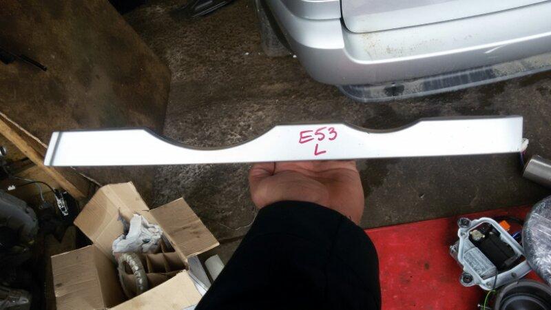 Накладка под фару (ресничка) Bmw X5-Series E53 M62B44 2002 левая