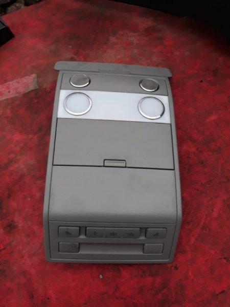 Светильник салона Volkswagen Touareg 7L6 4.2 AXQ 2005