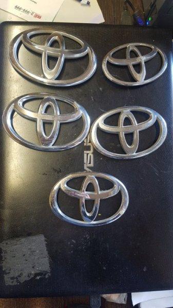 Эмблема Toyota Corolla Runx ZZE124 1ZZ-FE 2005