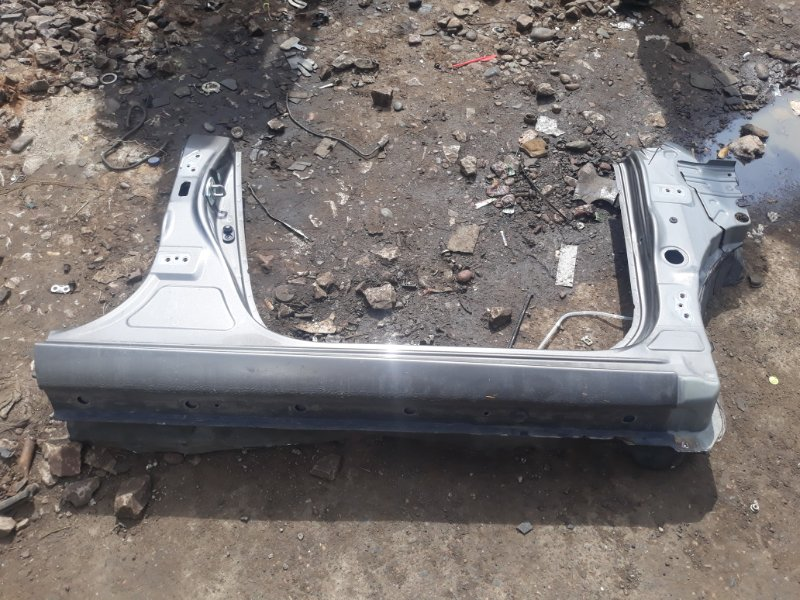 Порог Toyota Corolla Fielder ZRE144 2ZR-FE 2008 правый