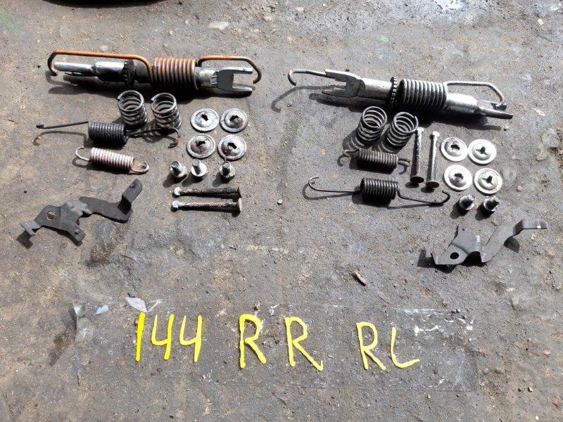 Механизм ручника Toyota Corolla Fielder ZRE144 2ZR-FE 2008