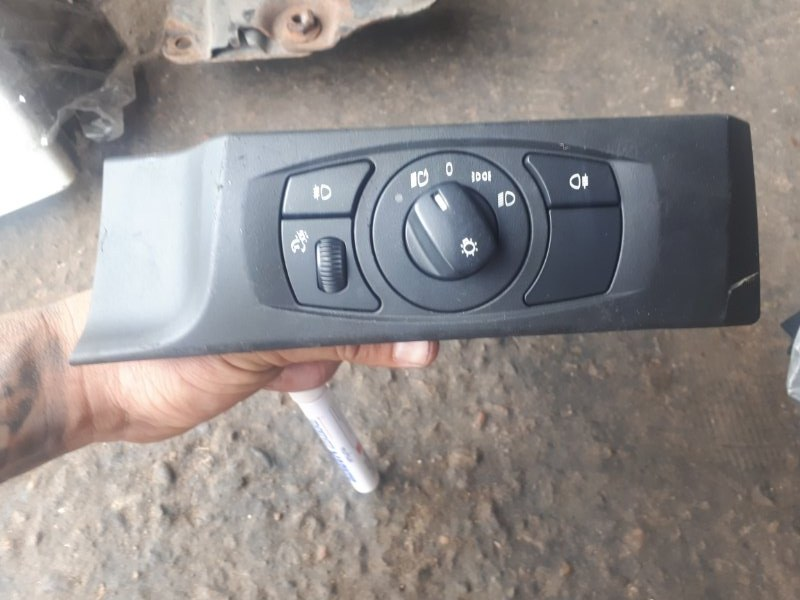 Кнопка Bmw 5-Series E60 N52B25 2006