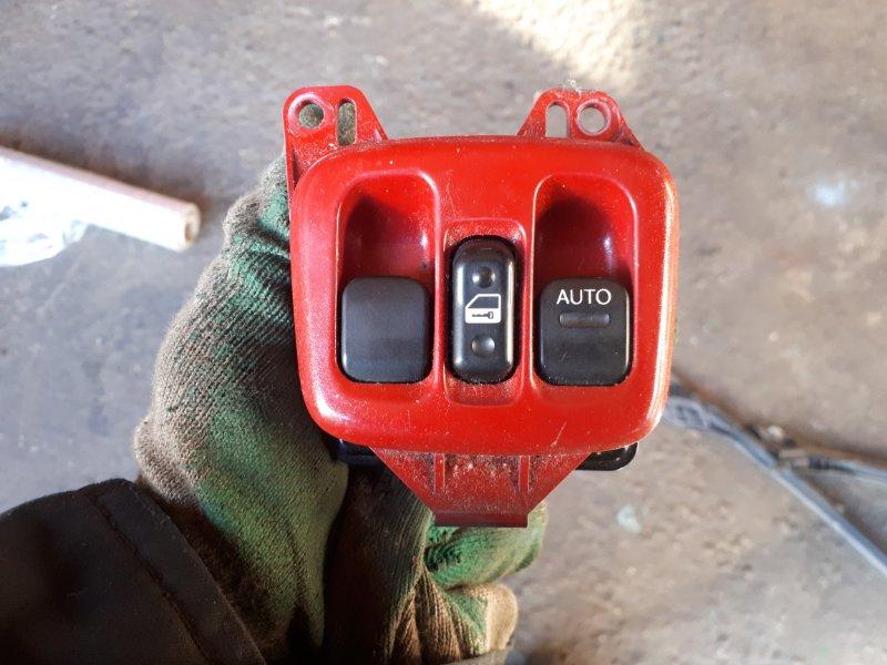 Блок управления стеклоподъемниками Toyota Celica ZZT231 2ZZ-GE 2000