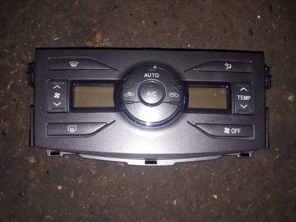 Блок управления климат-контролем Toyota Corolla Fielder ZRE142 2ZR-FE 2006