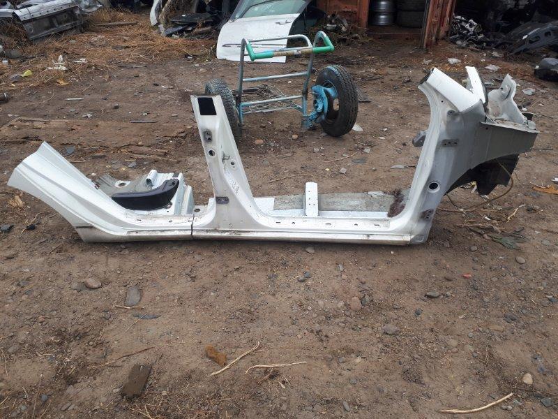 Порог Toyota Corolla Fielder NZE121 1NZ-FE 2001 правый