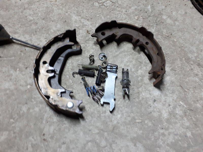 Механизм ручника Toyota Harrier GSU36 2GR-FE 2005 задний левый