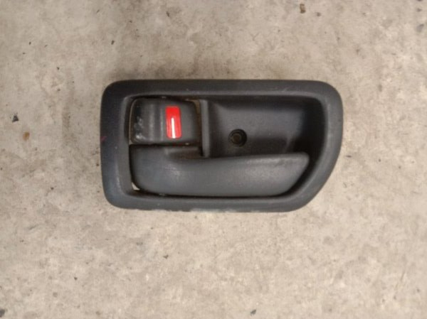 Ручка внутренняя Toyota Carina ST215 3S-FE 2001 левая