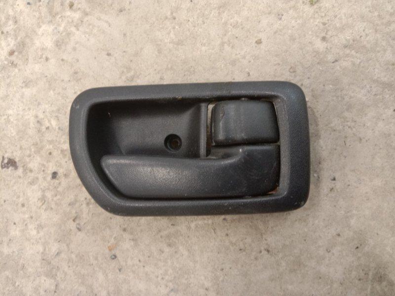 Ручка внутренняя Toyota Carina ST215 3S-FE 2001 правая