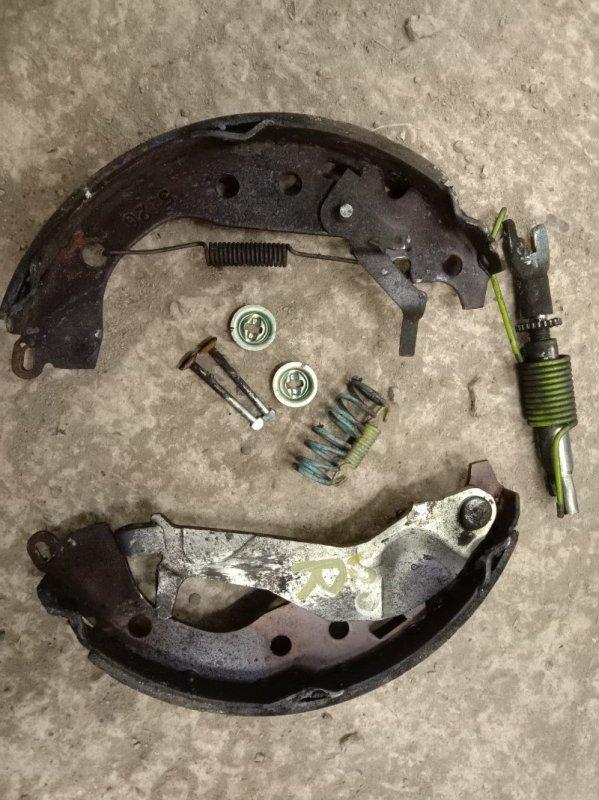 Механизм ручника Toyota Corolla Runx ZZE124 1ZZ-FE 2005