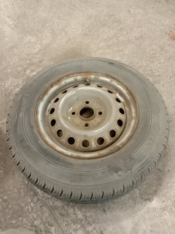 Запасное колесо Toyota Probox NCP55 1NZ-FE 2004