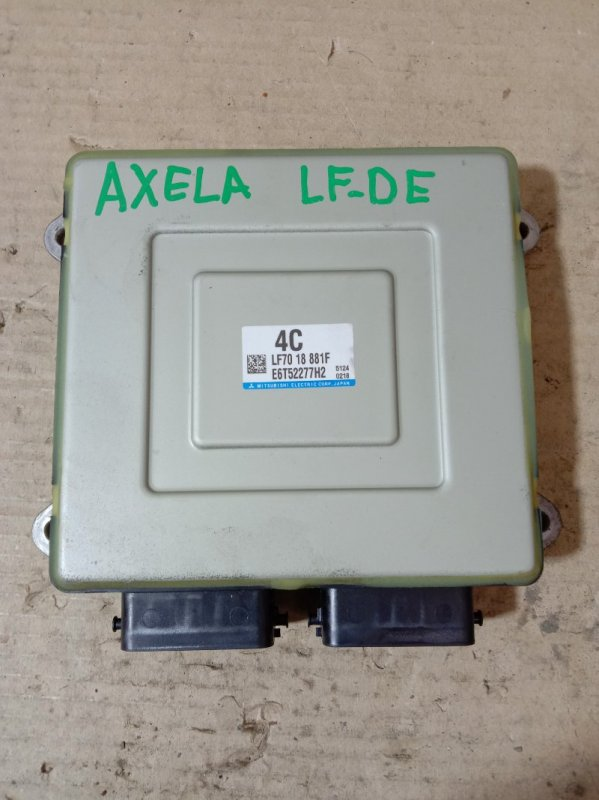 Блок управления двс Mazda Axela BKEP LF-DE 2005