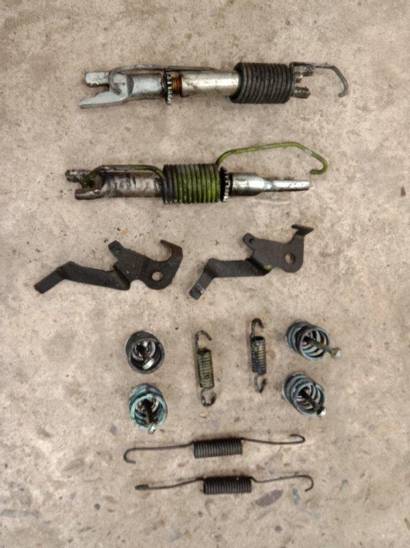 Механизм ручника Toyota Prius NHW20 1NZ-FXE 2006