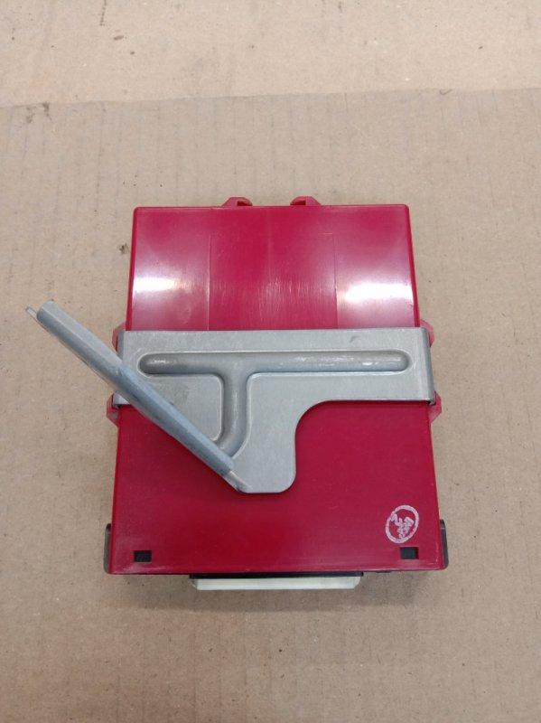 Блок управления двс Toyota Prius NHW20 1NZ-FXE 2006