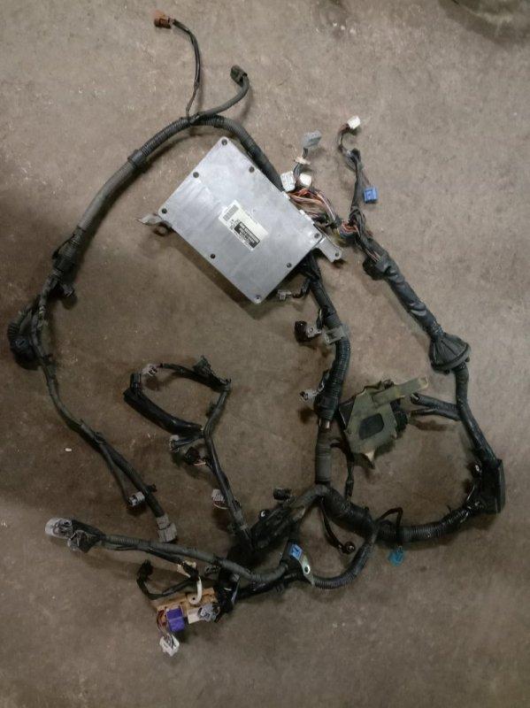 Блок управления двс Toyota Avensis AZT251 2AZ-FSE 2005