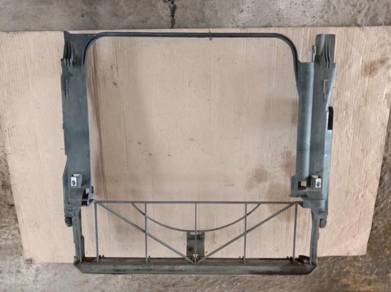 Рамка радиатора Bmw X5-Series E53 M62B44 2001
