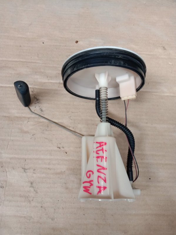 Датчик уровня топлива Mazda Atenza GY3W L3-VE 2005