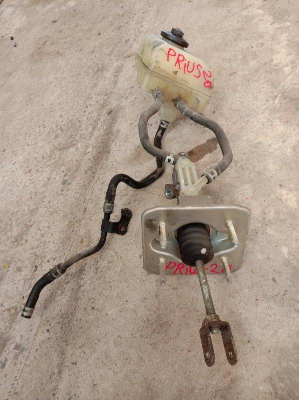 Главный тормозной цилиндр Toyota Prius NHW20 1NZ-FXE 2005