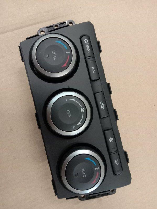 Блок управления климат-контролем Mazda Atenza GHEFP L5-VE 2008
