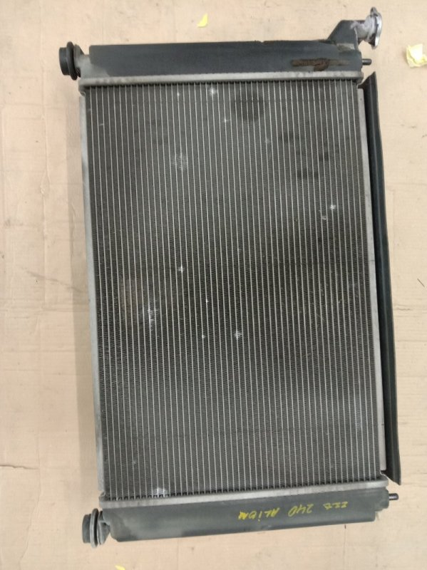 Радиатор двигателя Toyota Allion ZZT240 1ZZ-FE 2003