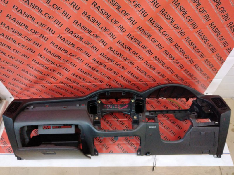 Панель передняя в салон Toyota Kluger MCU25 1MZ-FE 2003