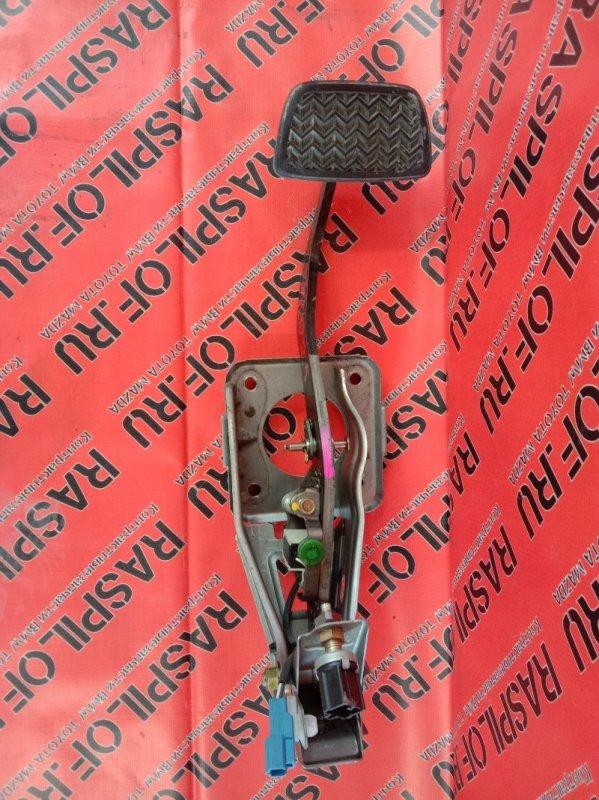 Педаль Toyota Kluger MCU25 1MZ-FE 2003