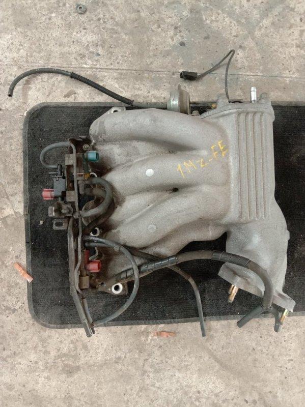 Коллектор впускной Toyota Kluger MCU25 1MZ-FE 2003