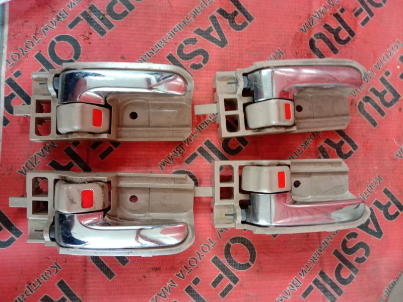 Ручка внутренняя Toyota Corolla Runx ZZE122 1ZZ-FE 2004