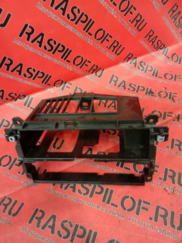 Рамка магнитофона Bmw 3-Series E46 M43B19TU 1999