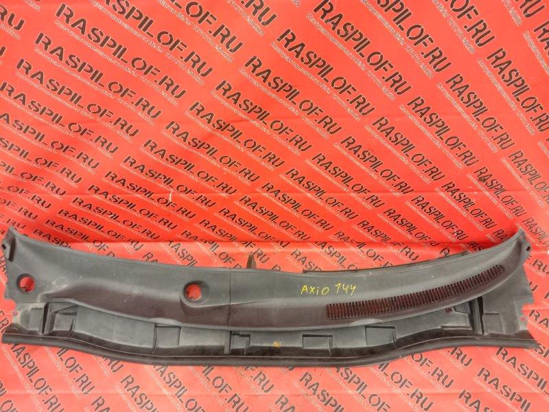 Решетка под дворники ( жабо) Toyota Corolla Axio NZE144 1NZ-FE 2009