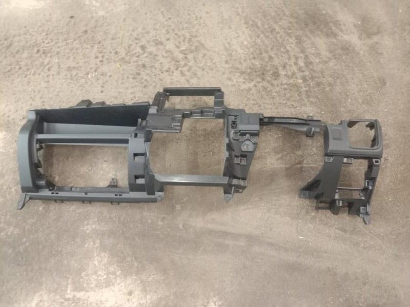 Панель передняя в салон Toyota Wish ZGE20 2ZR-FAE 2010