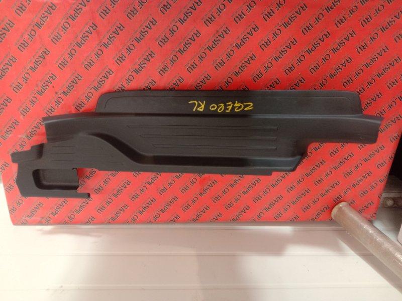 Накладка на порог Toyota Wish ZGE20 2ZR-FAE 2010 задняя левая