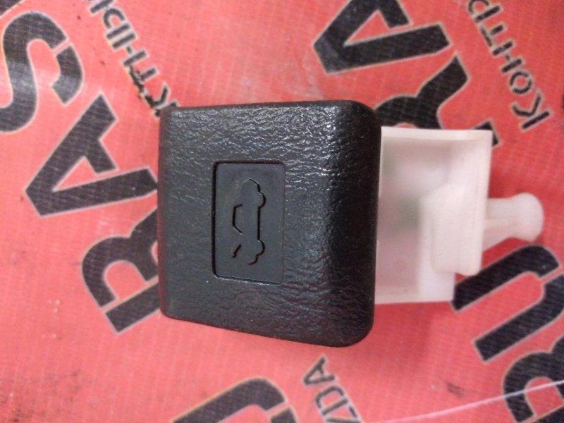 Ручка открывания капота Toyota Wish ZGE20 2ZR-FAE 2010