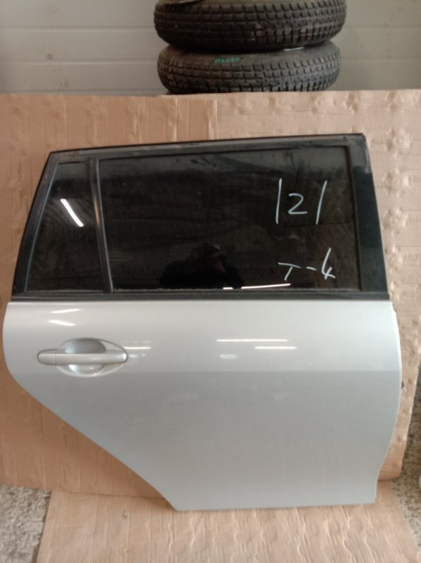 Дверь боковая Toyota Corolla Fielder NZE144 1NZ-FE 2009 задняя правая