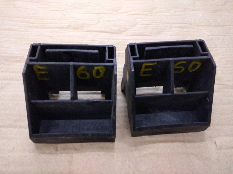 Кронштейн радиатора Bmw 5-Series E60 N52B25 2009