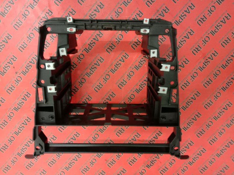 Рамка магнитофона Bmw 5-Series E60 N52B25 2009