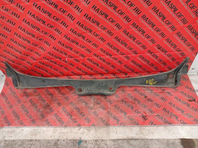 Решетка под дворники ( жабо) Bmw 5-Series E60 N52B25 2009