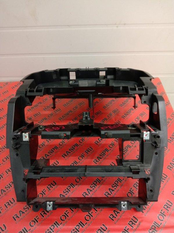 Крепление магнитолы Bmw X3 - Series E83 N52B25 2008