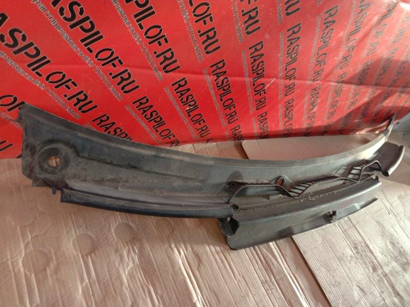 Решетка под дворники ( жабо) Bmw X3 - Series E83 N52B25 2008