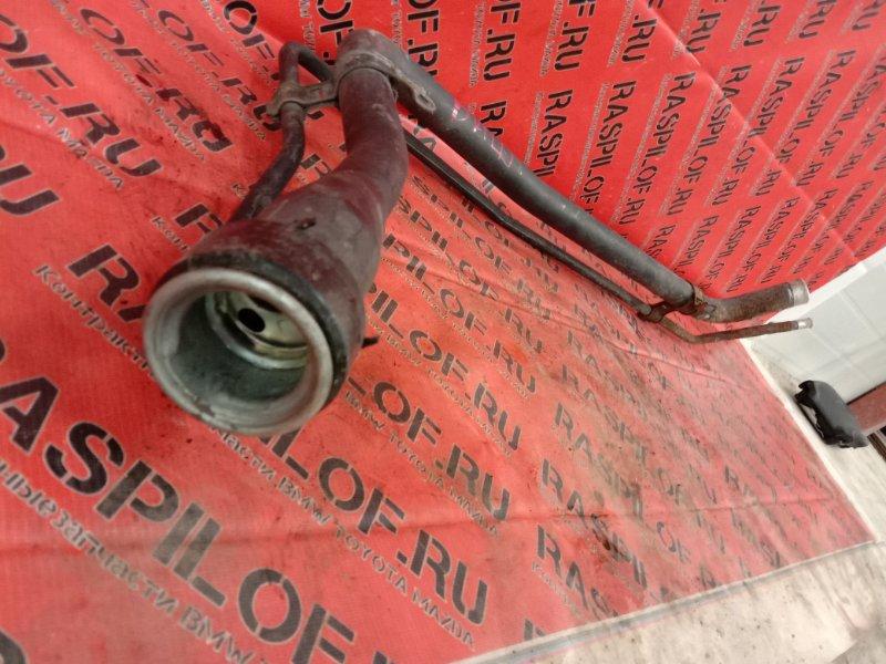 Горловина топливного бака Toyota Wish ZNE14 1ZZ 2004