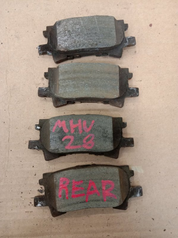 Тормозные колодки Toyota Kluger MHU28W 3MZ-FE 2006 заднее