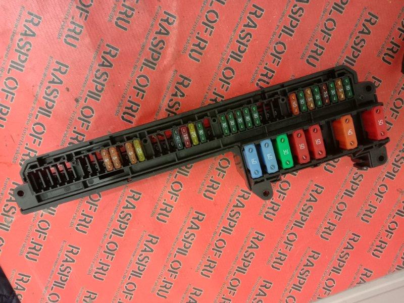 Блок реле и предохранителей Bmw 5-Series E60 N52B25 2005