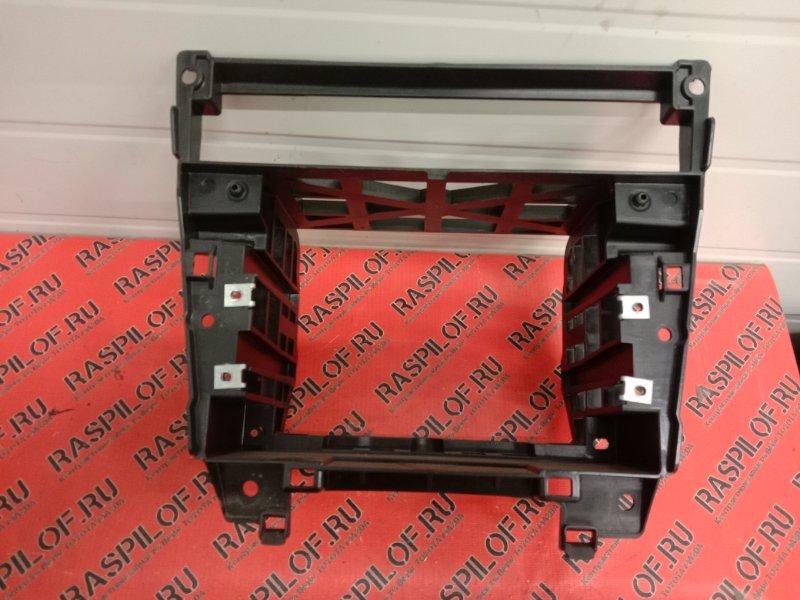 Крепление магнитолы Bmw 5-Series E60 N52B25 2005