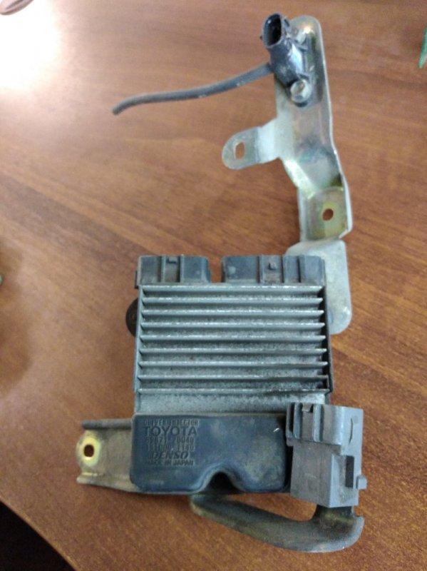 Блок управления топливным насосом Toyota Rav 4 ACA21 1AZ-FSE 2002