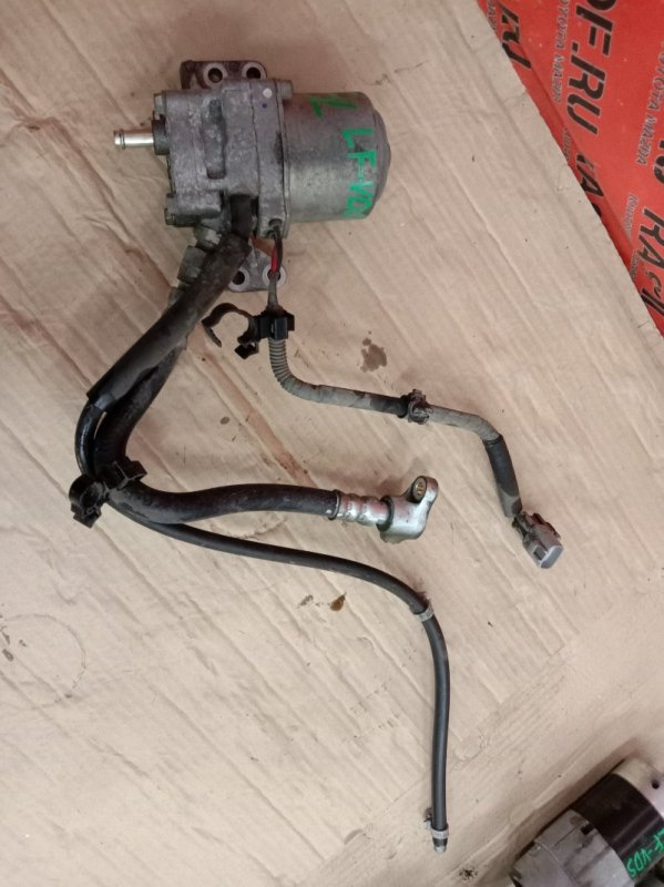 Насос масляный Mazda Axela BLEFW LF-VDS 2009