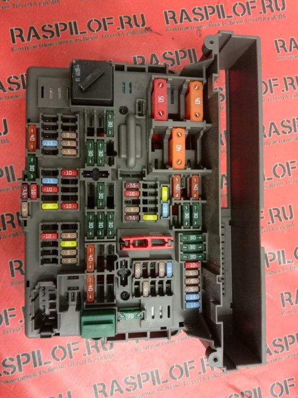 Блок реле и предохранителей Bmw 3-Series E90 N46B20 2009